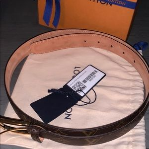 Louis vuttion monogram belt size 100/40 Unisex